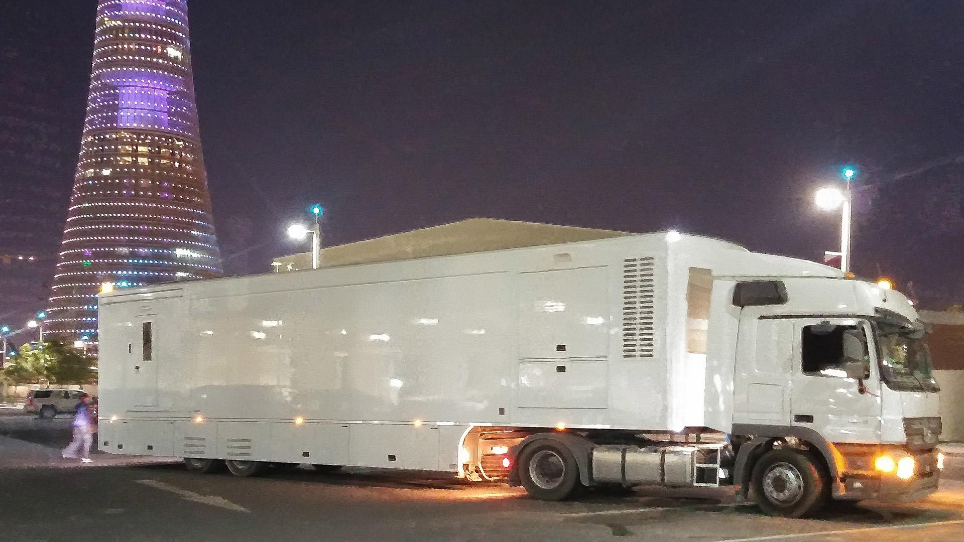 Large Ob Vans Aret